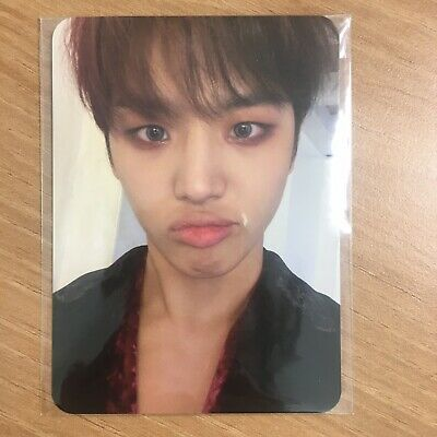 Pentagon 1st Full Album Universe : The Black Hall Official Photocard Hongseok