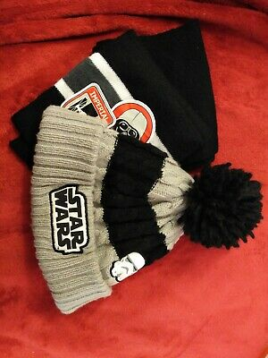 Star Wars Bobble Hat And Scarf (kids 8-12 Years