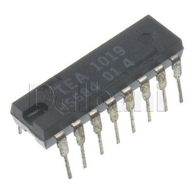STV8172A Integrated Circuit from ST Microelectronics