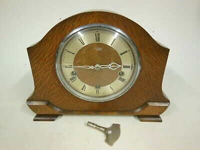 Smiths Wood Cased Chiming Mantel Clock (Westminster Chimes) - working