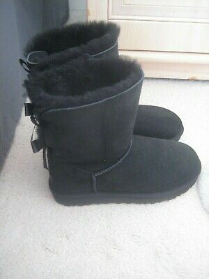 Genuine Ugg Bailey Bow Ii Black Boots Size Uk 7.5 Brand New