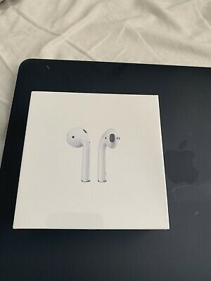 Genuine Apple AirPods 2nd Generation wireless Charging Case - White