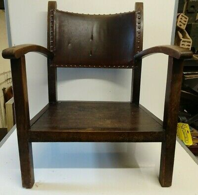 Lovely Antique Vintage Arts & Crafts Oak Small Fireside Armchair
