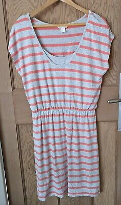 H&M Mama Striped Maternity Dress. Casual/summer dress with belt. Size M