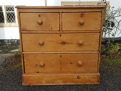 A Lovely Antique Victorian Solid Pine Chest of Drawers Farmhouse/Country Style