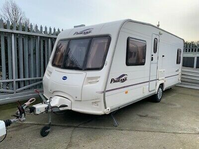 2005 Bailey Pageant Bordeaux - Fixed Bed, single axle, compact washroom
