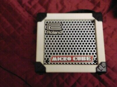 roland micro cube old version comes with rare water proof busking cover