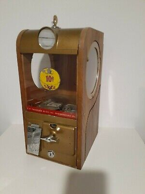 Victor Vending Gumball Machine Vendor Vintage 1950'S  10 Cent With Paper