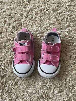 Girls Converse Infant Size 7 Pink
