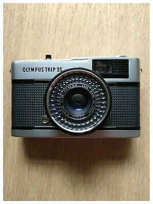 Olympus Trip 35 Point and Shoot 35 mm Film Camera. Very cool & collectible. E.C.