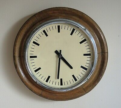 A Pul-syn-etic Impulse Slave Wall Clock in Lovely Oak Case.  Gents of Leicester.