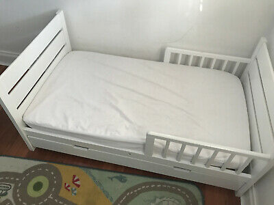 Mother's Choice toddler bed with drawer and mattress