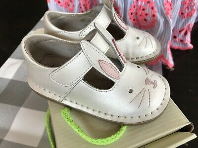 toddler size 5-11 NEW Livie /& Luca patent leather girl/'s shoes Molly in Black