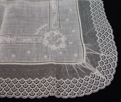 VTG Exquisite Off White Linen Lace Embroidered Wedding Bridal Hankie PRISTINE