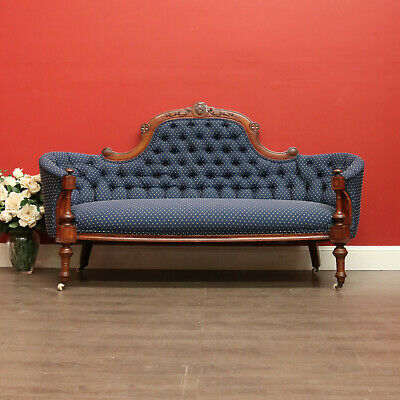 Antique English Walnut Button Back Chaise Lounge Double Ended Sofa Couch