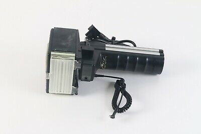 Metz Mecablitz 60 CT-4 Professional Flash Handle with Cables