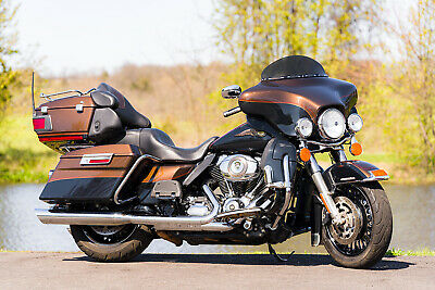 2013 Harley-Davidson Touring  2013 Harley-Davidson Ultra Limited FLHTK 110th Anniversary 17,892 Miles! Extras