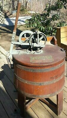 "Vintage Montgomery Ward ""The Cyclone"" Wood Barrel Manual Vacuum Washing Machine"