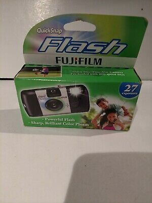 Fujifilm QuickSnap Flash 35mm 800 Speed Single Use Camera -EXP. 1/2021