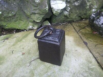 Vintage 16 Lb Cast Iron Weight Ideal For Doorstop With Ring Handle