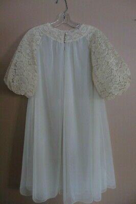 Vintage VANITY FAIR Ivory Tricot Nylon Chiffon & Lace Nightgown Size 32  NICE!