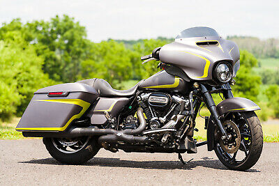 2017 Harley-Davidson Touring  2017 Harley-Davidson Street Glide Special FLHXS Thousands in Extras! NAV/ABS