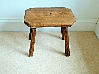 Antique Hand Crafted Oak Vintage Milking Stool 30cm Height, Seat 33cm x 23cm