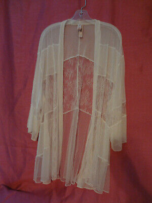 Victorias Secret Short  Robe Not Belted Coconut White Sheer   So Soft  M/L  Nwt