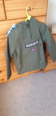 Bnwt Junior Boys Napapajiri Khaki green Rainforest Over The Head Jacket,age 8