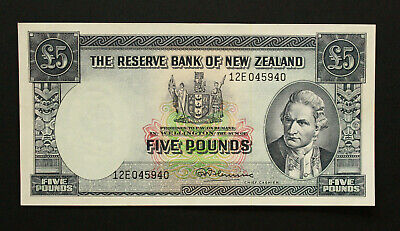 1967 New Zealand P-160d. 5 Pounds Fleming Signature