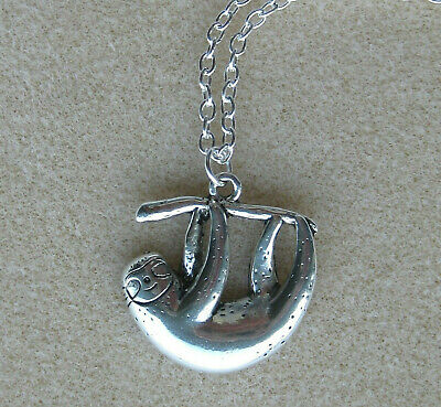 UK Seller Lovely Vintage Silver Plated Horseshoe Necklace Pendant Charm Choker Gift Silver Plated Chain or Cord free Organza Bag