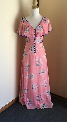 Vintage Pink Floral Design DressBy Solo Size 10 Includes Free Accessories