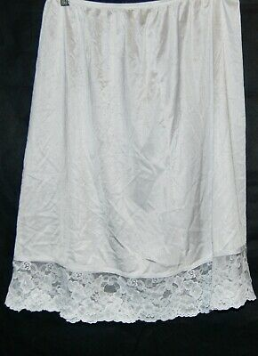 Vintage Vassarette Half Slip White XL Above Knee Silky Floral Lace Trim Skirt