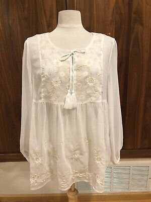 Womens Sz M Style & Co Sheer White Beige Boho Floral Emdroidery Pretty Top NWOT