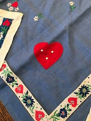 7 pieces Vintage Bavarian German Table Toppers embroidered, tablecloth, runner