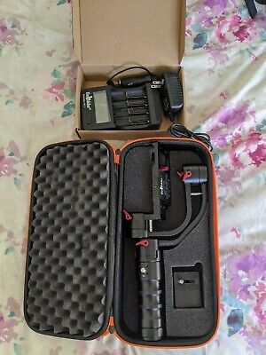 Beholder DS1 hand held gimbal, with batteries & new charger