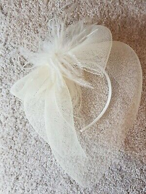 Fasinator Satin Headband Mesh Veil. Ostrich feather detail. Off white. Wedding.