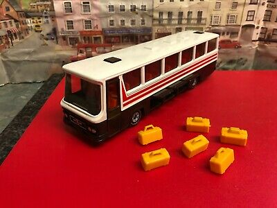 Siku 1:50 scale Reisebus 3417 die cast bus
