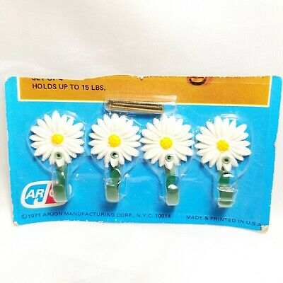 """Vintage Arjon White Daisy Picture Hooks Wall Hanging Set of 4 NOS 1971 USA 1.5"""""""