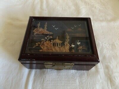 Vintage Wooden Chinese Trinket Box Lacquered Finish With Cork Design Diorama Lid