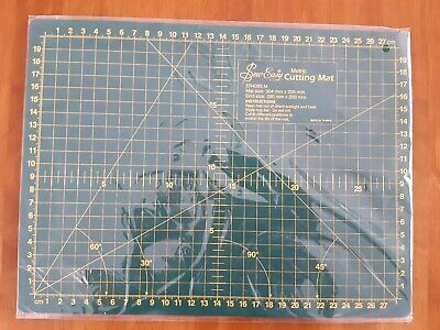 Sew Easy Metric Cutting Mat    New