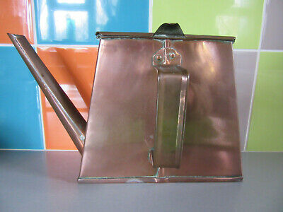 RARE 'THE DAVIS GAS STOVE Co Ltd' ARTS & CRAFTS FLAT PYRAMID COPPER KETTLE
