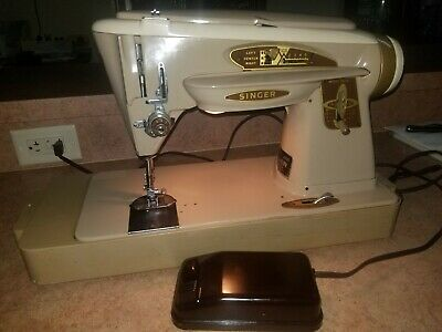 Singer 503A Slant-O-Matic The Rocket Portable Sewing Machine Foot w/ Pedal