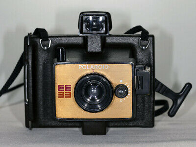Vintage Polaroid EE33 Camera in good used clean condition.