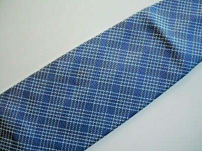 NEW--A TIE FROM BANANA REPUBLIC--MADE IN ITALY--SILK--2nd TIE SHIPS FREE--BLUE--