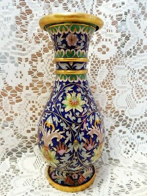 Exceptional high quality Chinese cloisonne vase