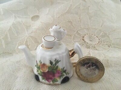 Royal Albert Miniature Novelty Teapot Old Country  Roses.