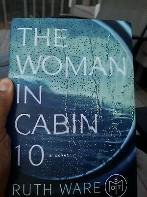 The Woman in Cabin 10 by Ruth Ware (2017, Paperback, Large Type)