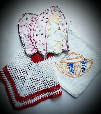 2 VNTG Embroidered POTHOLDERS & CROCHETED Washcloth - Grandma/Teapot