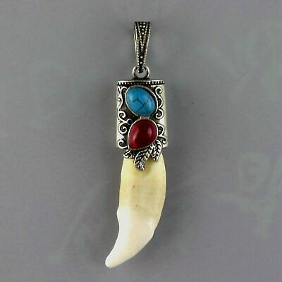 Decorate Old Tibet Silver Inlay Wolf Tooth & Turquoise Carve China Style Pendant
